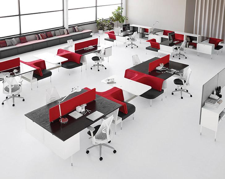 În acest Hive, stațiile de lucru sunt grupate astfel încât un număr considerabil de colegi pot desfășura activități individuale sau colaborative.