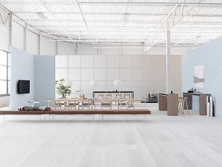 Cu acest spațiu Meeting Space, toți participanții se bucură de vizibilitate excelentă, inclusiv cei de la distanță.